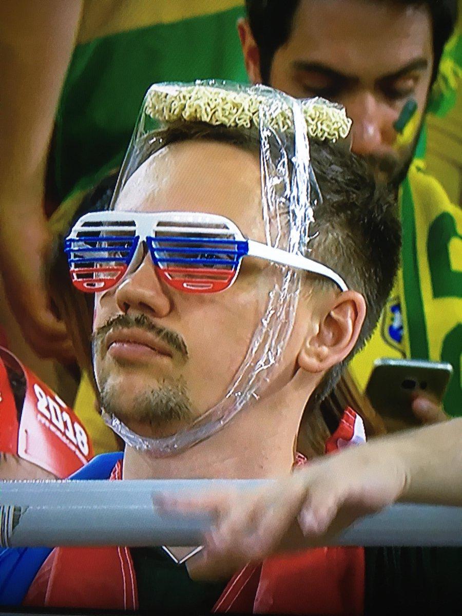 This Neymar fan https://t.co/zSM6NzFJ10