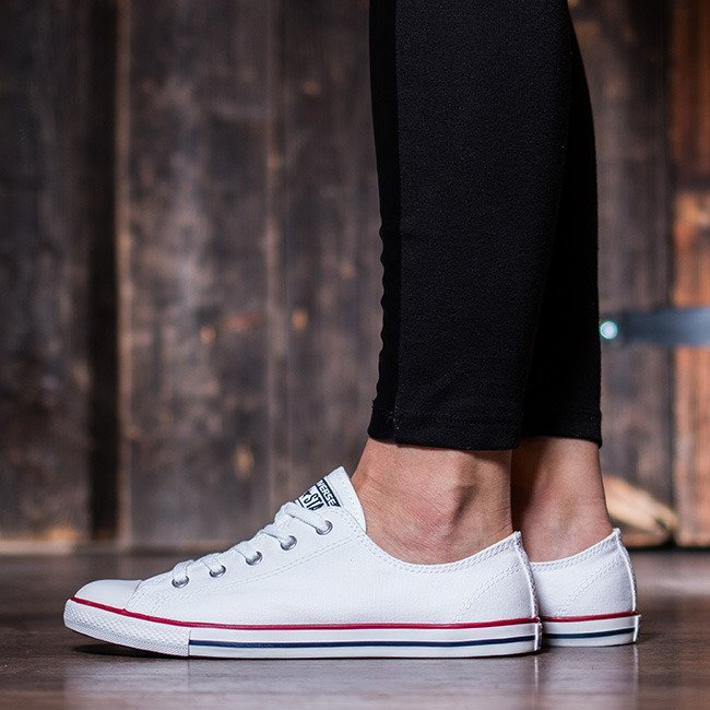d0e1face16e2d  Converse  Chuck  Taylor All Star  Dainty ensure lightness and comfort even  in hot weather. Avaliable in our online store  https   bit.ly 2Iywf3q ...