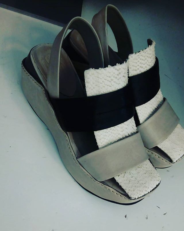 factory price 69248 2153c mallonishoes hashtag on Twitter