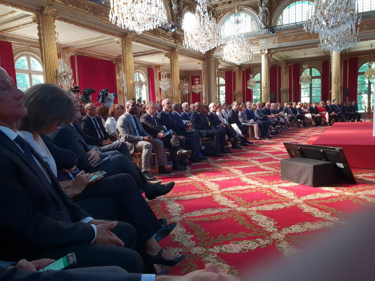 VIEW ELECTRONIC BUSINESS