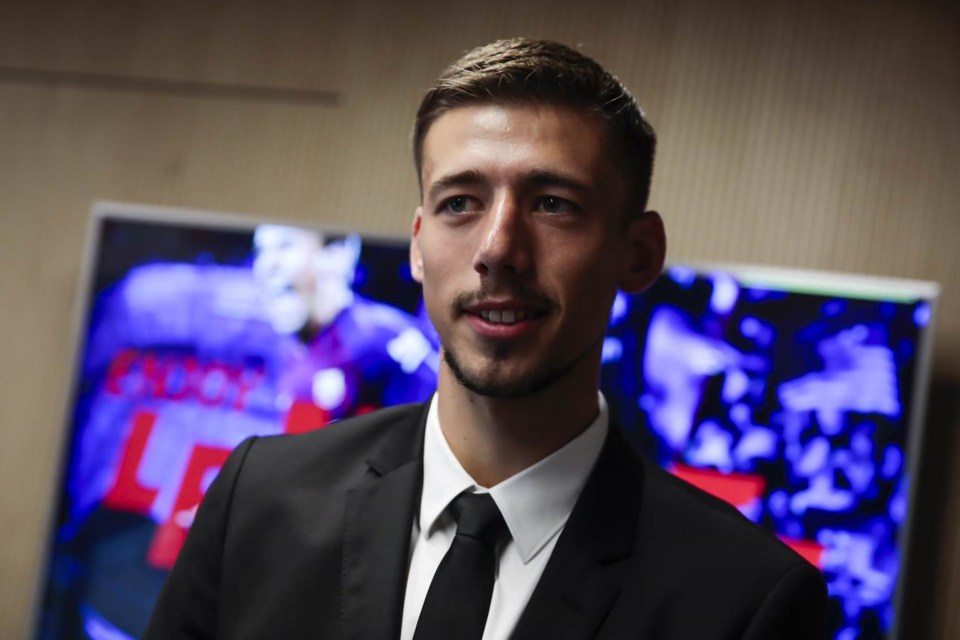 �� Great to have you here, @clement_lenglet! ���� #EnjoyLenglet https://t.co/y6pZrlft3X