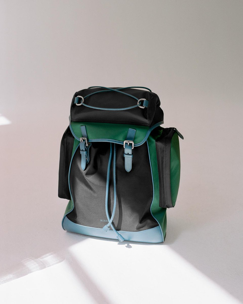 Introducing our structured colour-block backpack with heritage stripe shoulder straps. From the new Autumn/Winter Pre-Collection https://t.co/8FLbnK11GE