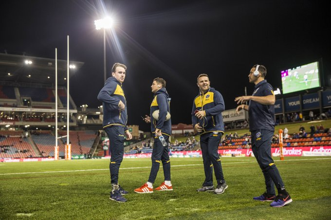 The Blue & Gold checking out the field. Kick off at 7:55pm tonight. #blueandgold #NRLKnightsEels Photo