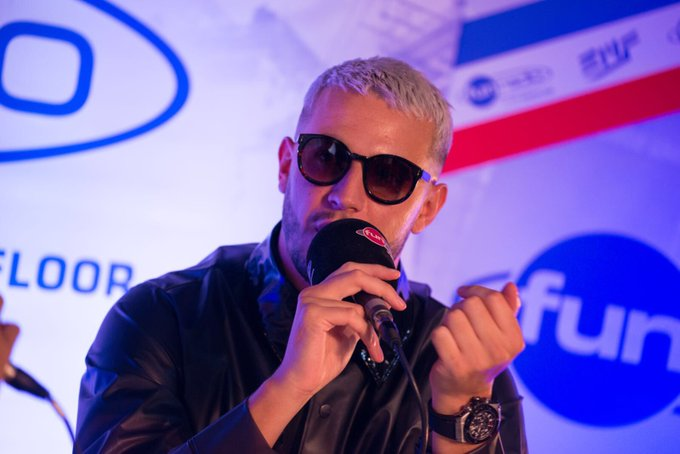 Ses titres à venir, les artistes français en qui il @djsnake s'est confié au micro de #FunRadio et il n'est pas venu seul > 👈🏼🎙 #EMF2018 Photo