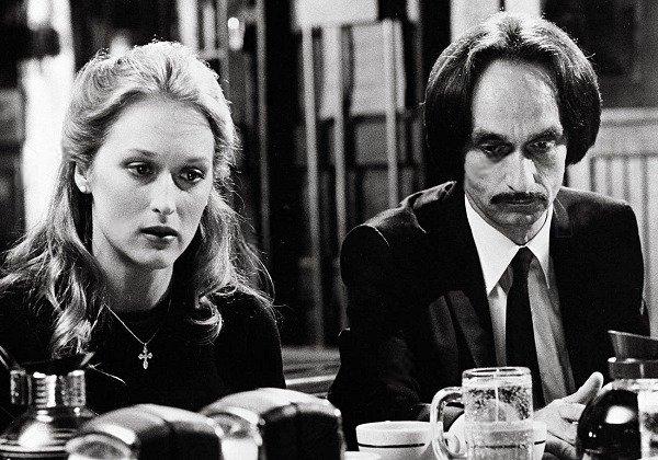 #FlashbackFriday Meryl Streep and John Cazale on the set of The Deer Hunter, 1978. Photo