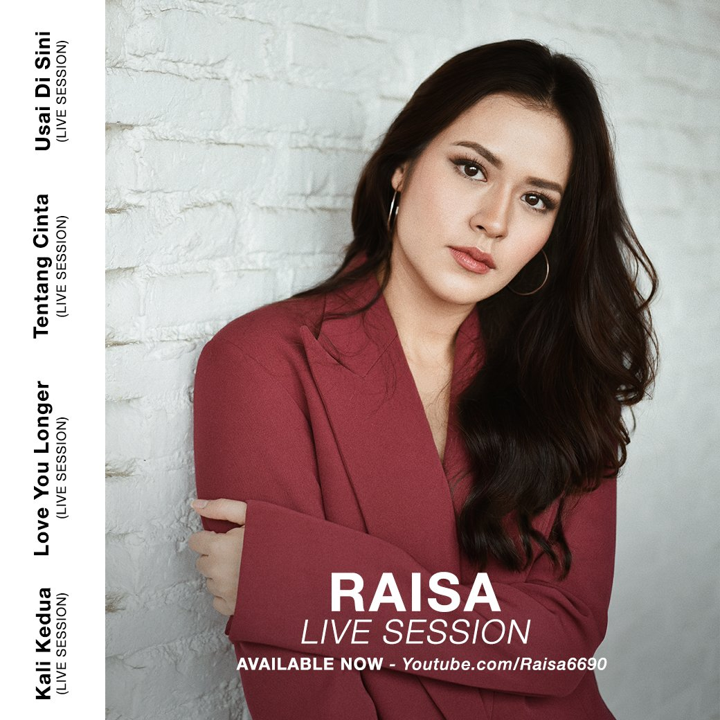 Yaaas finally my live session video is available on youtube! :) favorit kalian video yang mana? youtube.com/playlist?list=…