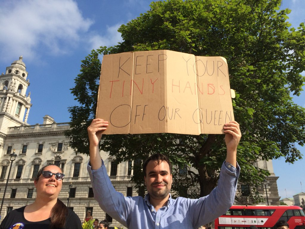 5b60e89b11 Trump protests: tens of thousands take to streets across UK | US ...