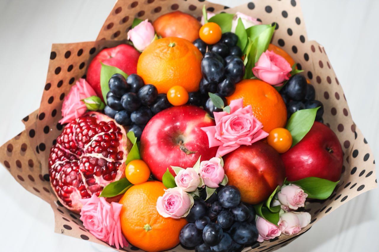 Открытки с фруктами на день рожденья, открытка юбилей лет