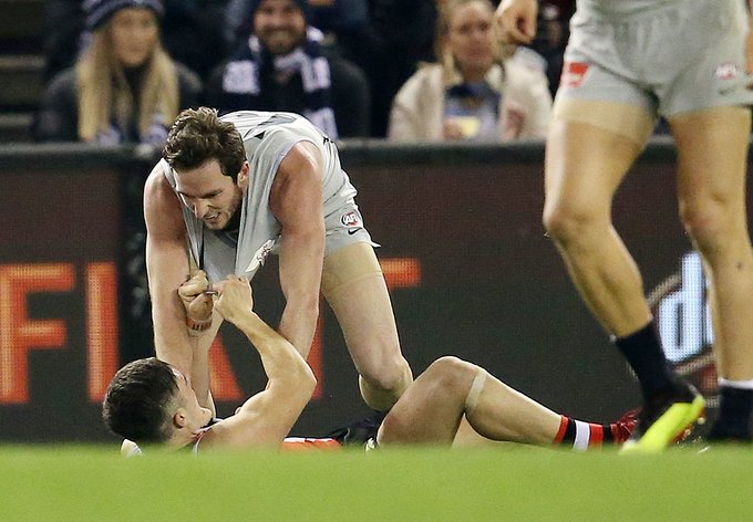 WATCH: Should this ugly incident be sent to the tribunal? Blues midfielder could be in strife after eye-gouge. #AFLSaintsBlues MORE: Photo