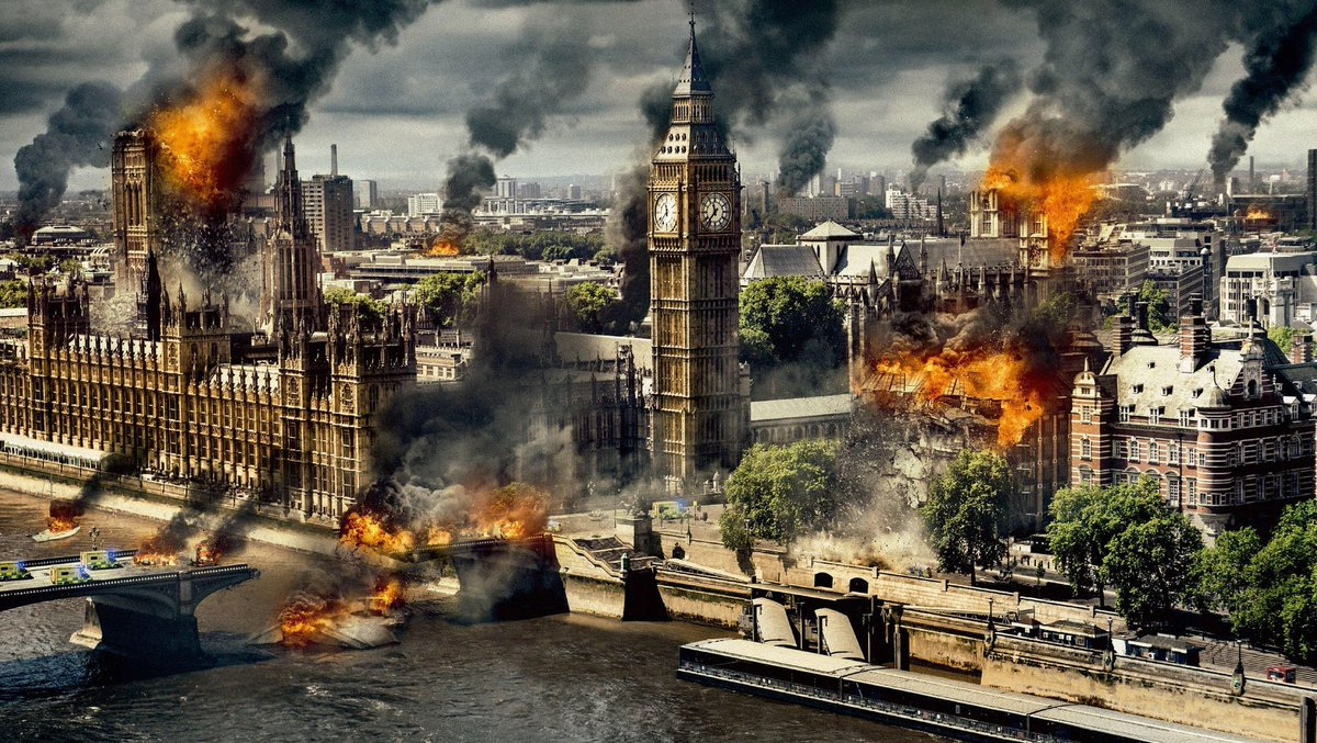 Live look at London after England goes up 1-0 <br>http://pic.twitter.com/2qKSP70Jxh