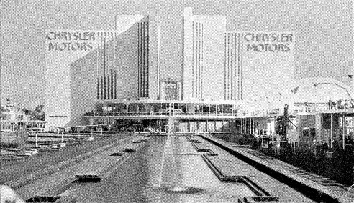 Chrysler Motors Exhibit, Chicago Worlds Fair, 1933-34. Photo by Alden Jewell on Flickr. #worldsfair #architecture #chryslermotors #artdeco #building #chicago #chicagoworldsfair #centuryofprogress #vintage
