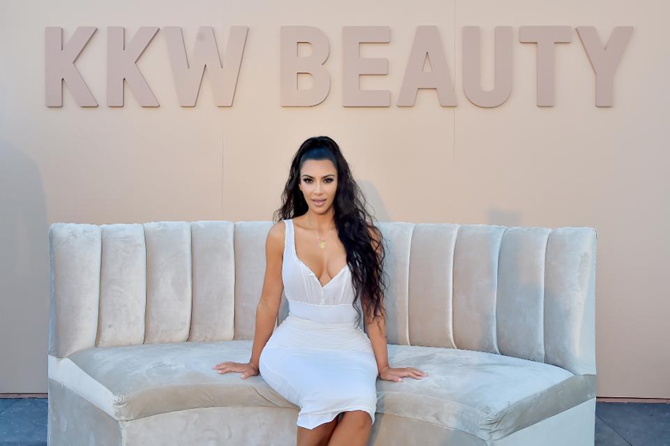 Kim Kardashian West is worth $350M from her beauty line, KKW Beauty  https://t.co/xJGYICyuX8 #SelfMadeWomen https://t.co/jtdcEFar1q