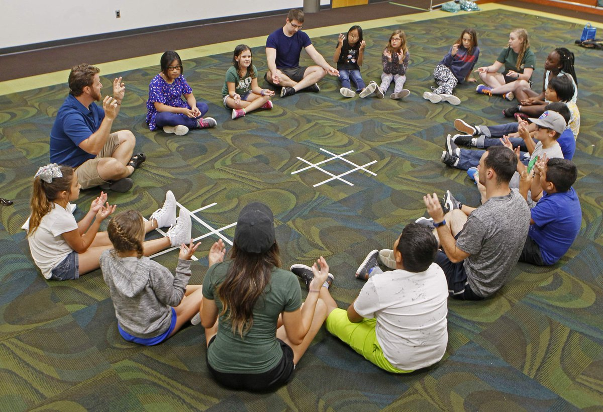 A summer camp at @usfsp is helping children deal with adverse childhood experiences. Campers take part in fun activities such as crafting, kayaking, watching movies and more! Read more about the SMART Leadership Camp from the @TB_Times:  https:// bit.ly/2L8rPTc  &nbsp;  <br>http://pic.twitter.com/mqvQ9R4Ywn