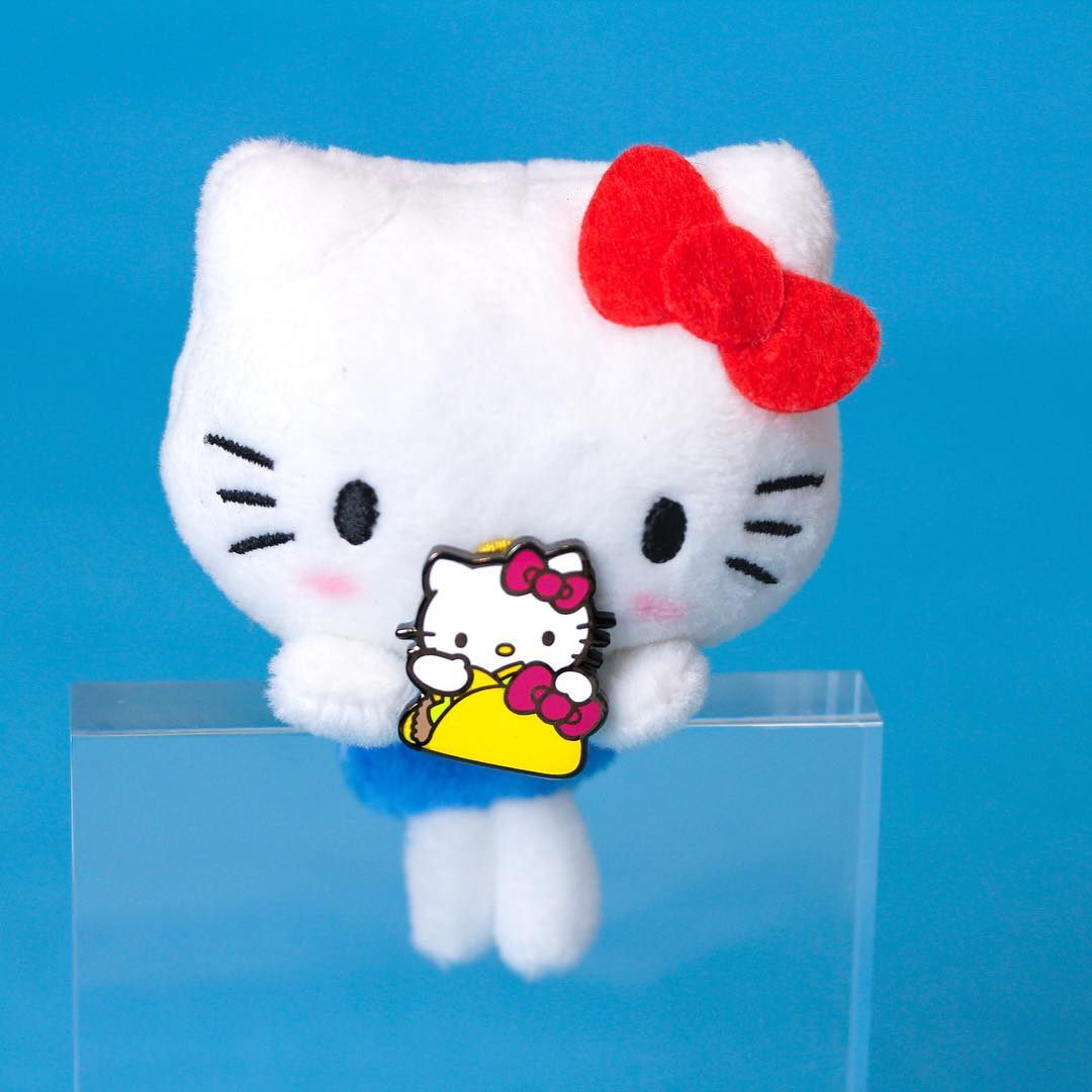 #hypekids: Decorate your jean jacket with this new @hellokitty pin from @PINTRILL. 😍