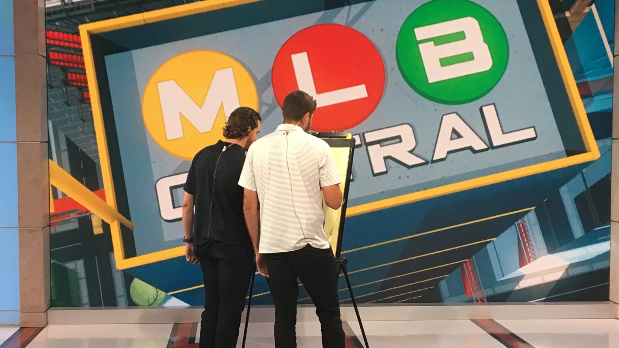 What are @AaronNola027 and @zeflin12 up to?  Tune in to #MLBCentral on @MLBNetwork  now to find out! https://t.co/5FmmVvXKiK
