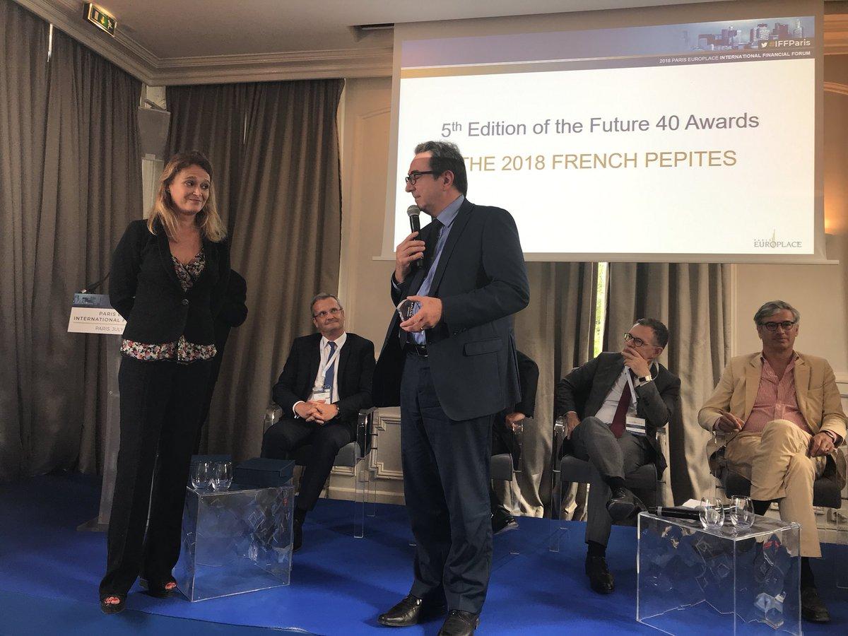 Remise du prix de l'#ETI qui devient une grande entreprise à @IpsenGroupFR #IFFParis @forbes_fr @Forbes @europlace  - FestivalFocus