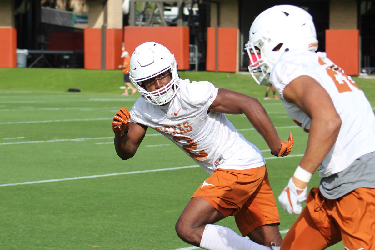 DB Kris Boyd and DL Breckyn Hager earned Preseason All-Big 12 recognition #HookEm  https:// utdonors.thefootballbrainiacs.com/db-kris-boyd-a nd-dl-breckyn-hager-earned-preseason-all-big-12-recognition/ &nbsp; … <br>http://pic.twitter.com/IevxKCeQVZ