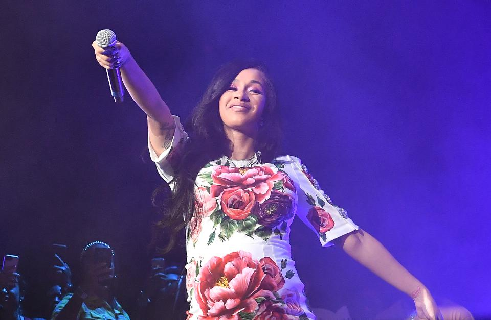Cardi B reached a major sales milestone with her album going RIAA platinum https://t.co/ID8MEMBqR5 https://t.co/WePrCLxIeB