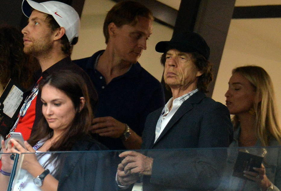 Segue a maldição: Mick Jagger 'zica' Inglaterra em duelo contra a Croácia https://t.co/t04vixW2zH