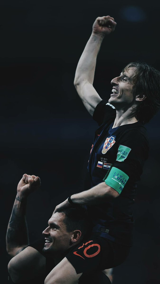 Three fucking 120 minute matches in a row, and he still managed to out-run, out-muscle and out-gun each and every England player in ET. Everytime I thought he looked totally gassed, he just kept on running. Croatia needs to win the final for him.  Vamos Lukita. <br>http://pic.twitter.com/Y9YomRtzQD