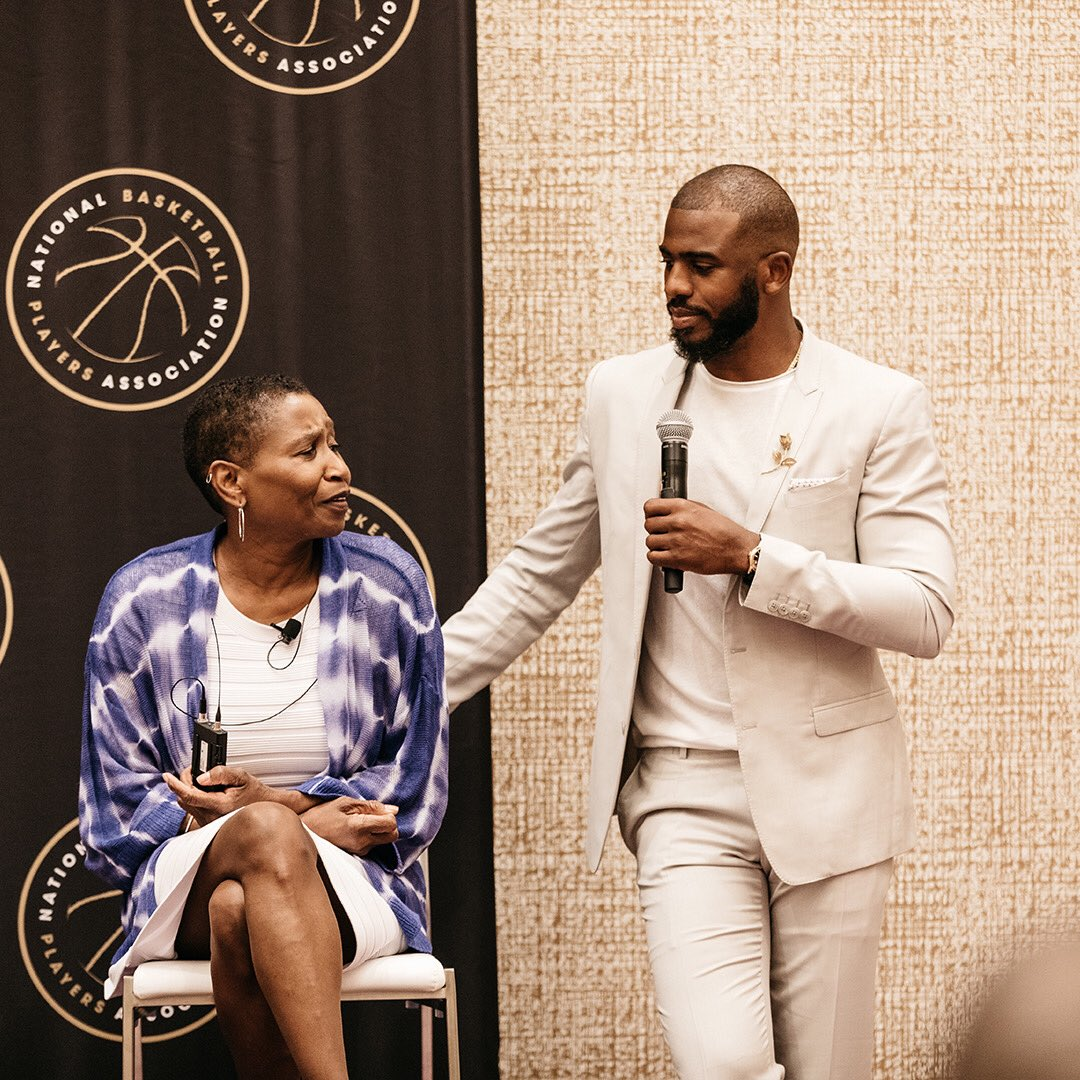 Honored to have @MRobertsNBPA by our side for another 4 years. Let's get to work! #NBPA #Think450 #NBPAFoundation