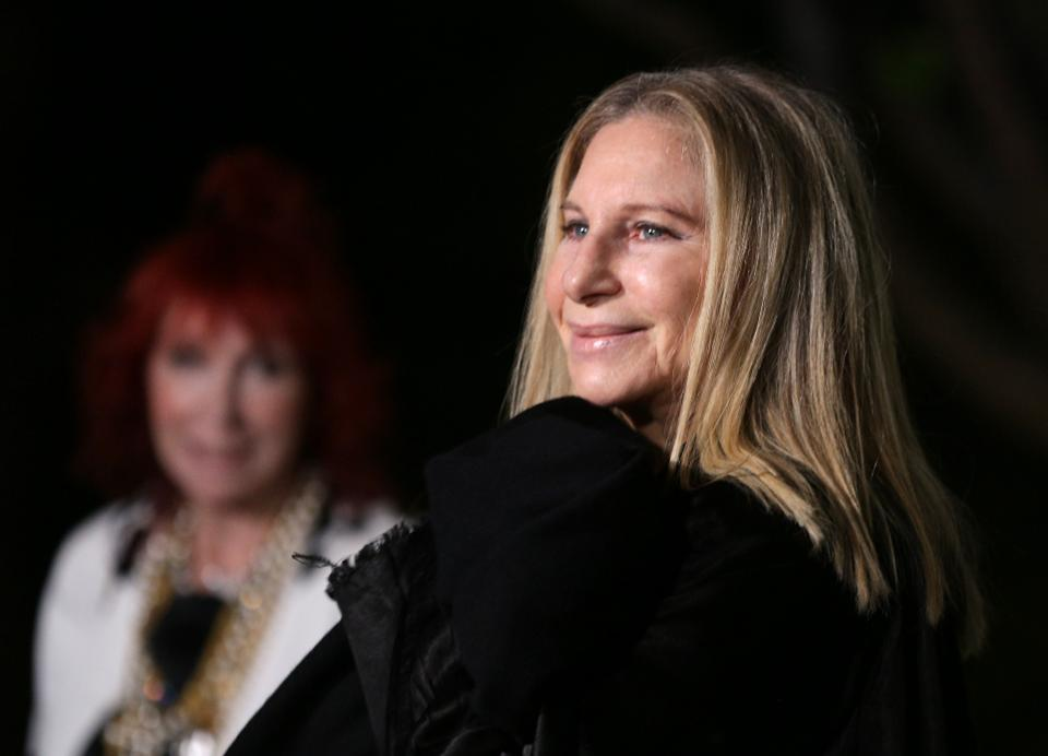 Barbra Streisand's net worth: $400M in 2018 https://t.co/IIAsWTMlpO #SelfMadeWomen https://t.co/XgStHvPXFI