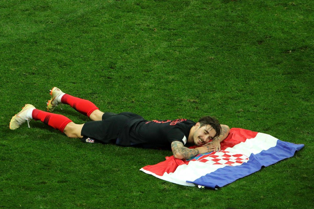 Sweet dreams, #CRO fans!   #WorldCupFinal