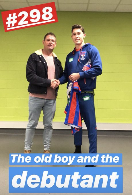 Congrats Nick Meaney 👏 #OurTownOurTeam #NRLKnightsEels Photo