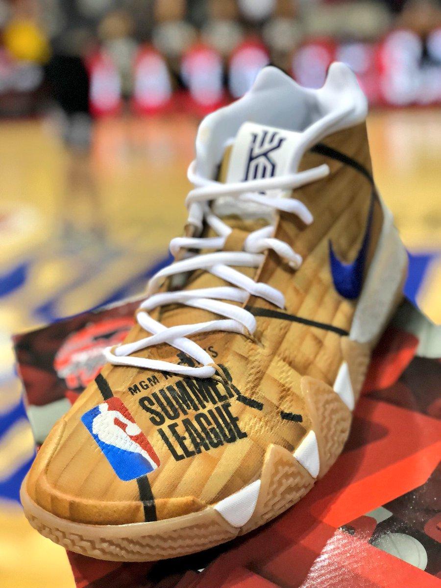 .@austinjmills presents the winner of these @MACHE275 custom #NBAKicks during halftime! #NBASummer #NBAPlaymakers