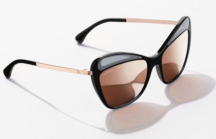 8cf3854c632b75 Zelfs Koningin Maxima draagt een  CHANEL Zonnebril. Kom onze prachtige  collectie  CHANELHauteCouture zonnebrillen bekijken in de winkel.  amsterdam   eyewear ...