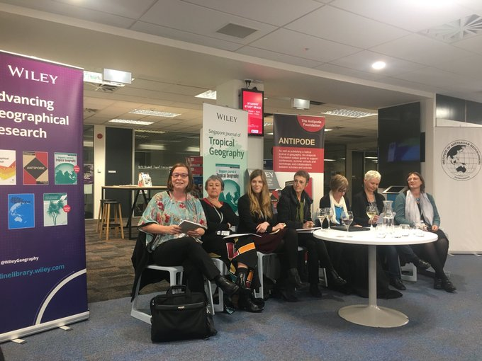 #allfemalepanel at #NZGSIAG2018 for meet the editors panel. Not surprising women over-represented as editors - a thankless but rewarding job. Photo