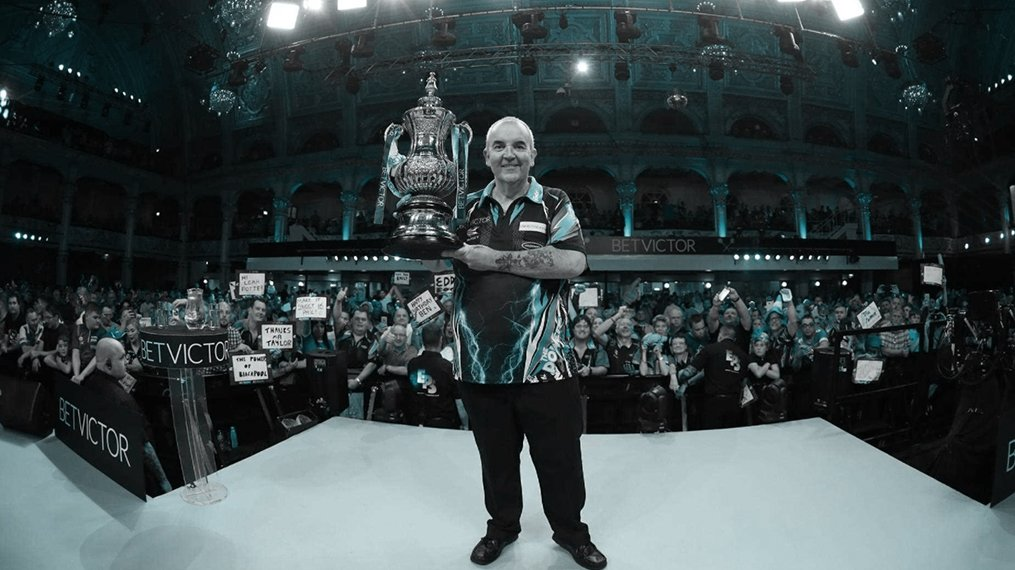 We are giving away 20 pairs of tickets to the BetVictor World Matchplay Darts at the Winter Gardens, which starts July 21st 🎯 All you need to do 👇 ↪️ Retweet 🚶♂️ Follow @BetVictor 4 winners will be picked each day from Monday 16th July - Ts & Cs apply. Good Luck!