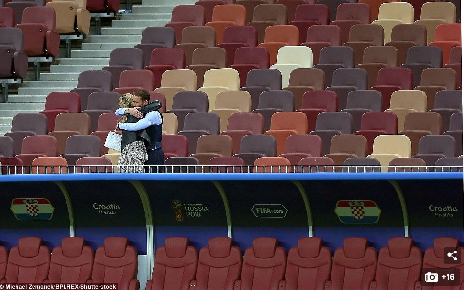 Somehow this photo feels something like what it is like to be a coach. Gareth Southgate hugging his wife after the match  #engcro <br>http://pic.twitter.com/BdqgEPz97V
