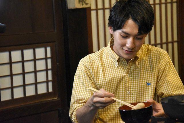 """超特急ユースケ「次ナルTV-G」100回目の""""Gポーズ""""は秋田料理と共に #超特急"""