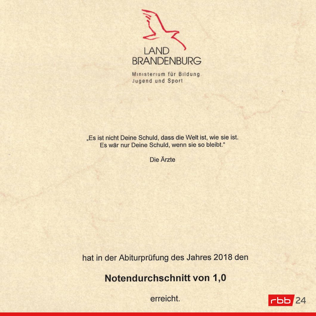 Rbb 24 On Twitter Wer In Brandenburg Das Abi Mit 1 0 Ablegt Bekommt Eine Besondere Urkunde Darauf Steht Ein Zitat Der Arzte Esistnichtdeineschuld Https T Co 5xta95btsf Https T Co V4gxx2u1tw