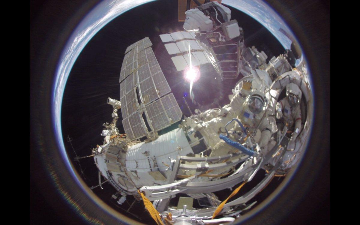 Спутниковая платформа ТНС-0 №2, созданная холдингом «Российские космические системы», более чем вдвое превысила запланированный срок активного существования - https://t.co/KmLtM4Q49P