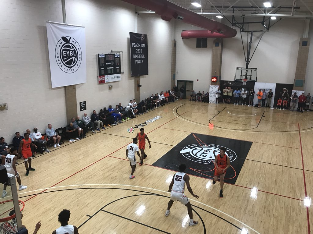 new style 32ff5 b3c0e KSR s TJ Walker is back at Riverview Park in North Augusta for the Thursday  night round of games at the Nike EYBL Peach Jam. He s evaluating Kentucky s  top ...