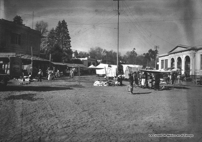 #FelizJueves 1930 Mercado Público Luis Mondragón en Cuauhtémoc y Aguayo, Coyoacán. La Ciudad #Coyoacán en el tiempo Photo