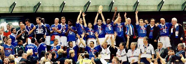Merci l'équipe de France 1958, 66, 82, 86 pour avoir nourri nos ambitions et nous avoir tracé le chemin de la Victoire.Nous sommes les premiers et ne seront pas les derniers #france98 #AllezLaFrance #CoupeDuMonde2018 #12juillet1998  - FestivalFocus