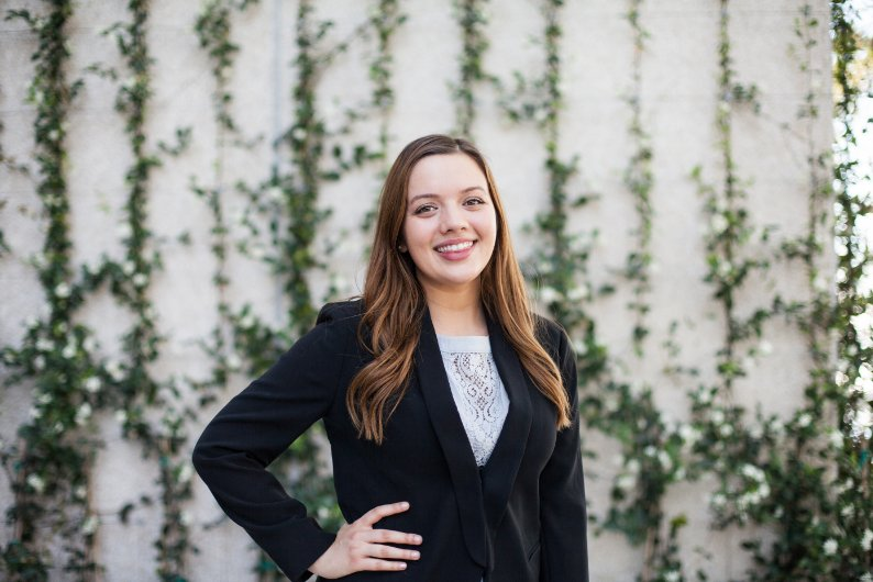 Say hello to Heather Shamblin, a #KTCOB #accounting alumna hired at @PwCUS post-internship. Her advice for Bulls? &quot;Be passionate about your career. It is instantly noticeable and admirable when someone is passionate about their work.&quot; #KTCOBAlumni #USFSPBusiness #USFSP <br>http://pic.twitter.com/Umnu0X0x4z