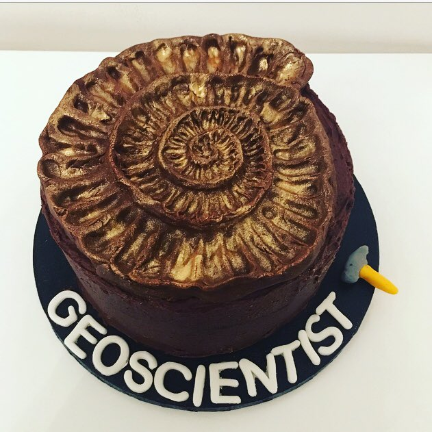 The Polka Dot Apron (aka King/Queen of the mountains) for most geologically accurate bake is a tie! Awarded to @deirdreannwalsh for an amazing pyritised ammonite/@geoscientistmag cover, and @iamhazelgibson for her nodding donkey complete with moving parts...#geobakeoff <br>http://pic.twitter.com/7Wq2uSPeAK