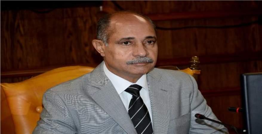 وزير الطيران ينفى : الانفجار بخزانى وقود خارج مطار القاهرة  https://t.co/qwMfYFcLWL https://t.co/NXzZBAOYir