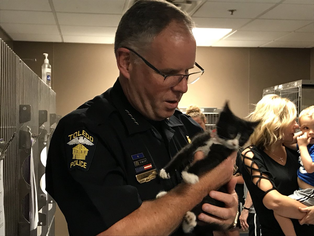 Toledo Police Choose Official Police Cat
