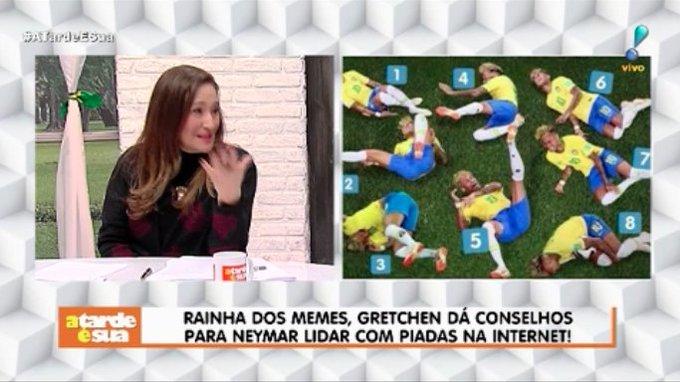 Gretchen dá conselhos para Neymar lidar com piadas na Internet: Curte esse momento, ache um barato. Quem sabe você vai ser o rei dos memes comigo? 🤭 #ATardeESua Foto