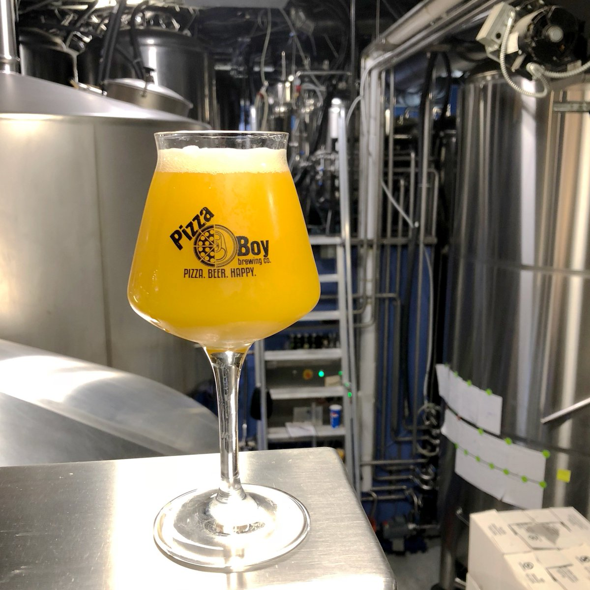 MANGO BOMB IS BACK! Not for the faint of heart, this triple IPA is brewed with around 15lb of Alphonso Mango puree per barrel and dry-hopped to the gills with Citra and Simcoe. ON TAP NOW, crowlers/growlers to go & limited keg distro. #pizzabeerhappy #mangobomb 🥭💣🥭💣🥭💣