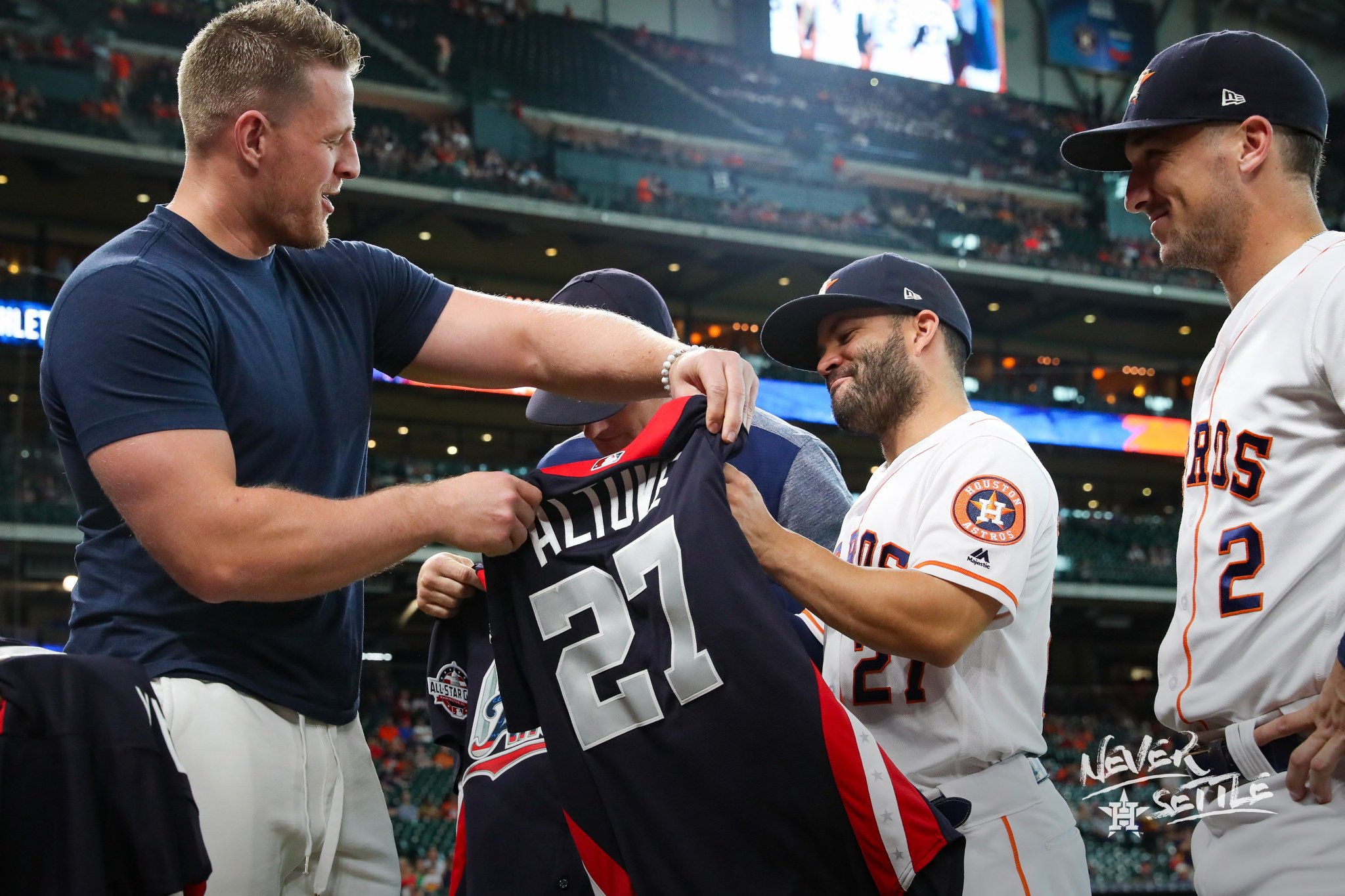 Shoutout to @JJWatt for presenting our guys with their #AllStrosGame jerseys! �� https://t.co/E3DG4bb3Om