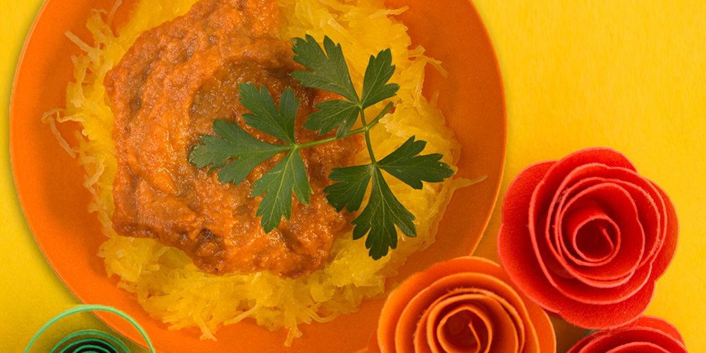 #food #recipes #foodspo Not your typical spaghetti, it's made with acorn squash & mamey...ttp://bit.ly/1MrOj0O https://t.co/8HKFmhoE1d