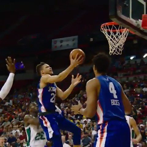 Kevin Knox powers his way to the hoop in #PhantomCam!   #NBASummer https://t.co/YFWQAgott3