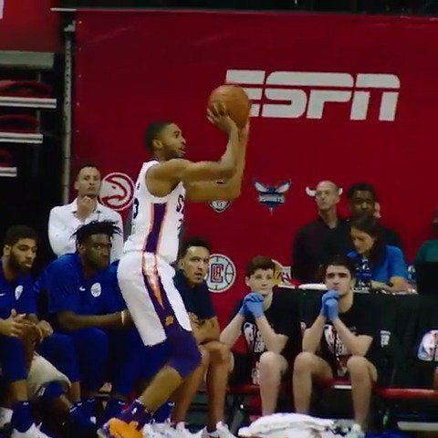 Mikal Bridges with the SWAT on one end, and the TRIPLE on the other in #PhantomCam!  #NBARooks in #NBASummer https://t.co/bLwpUMffpw