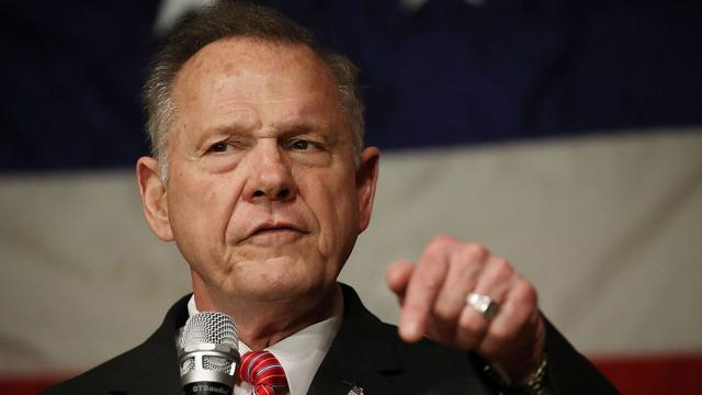 Roy Moore threatens to sue if Showtime airs video of Sacha Baron Cohen tricking him https://t.co/YKL1LpLu77 https://t.co/Y27rEB8fbU